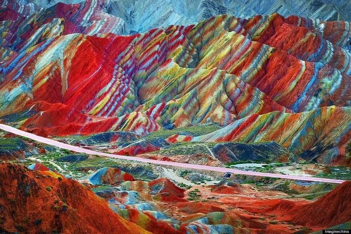 Zhangye Danxia Landform (3)