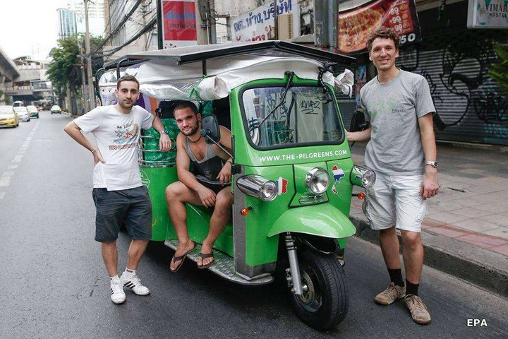 The Pilgreens, tuk tuk and solar energy (4)