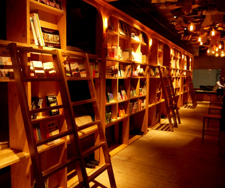 book and bed hostel, tokyo (10)
