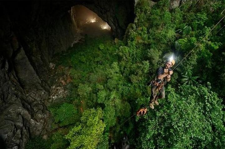 son doong cave, vietnam (2)