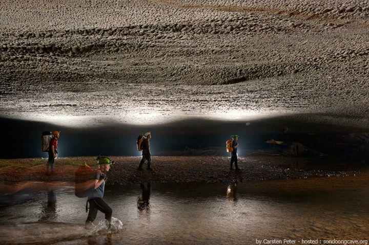 son doong cave, vietnam (7)