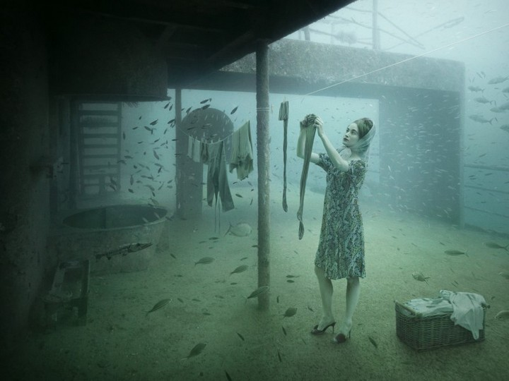 underwater exhibition art photography (5)
