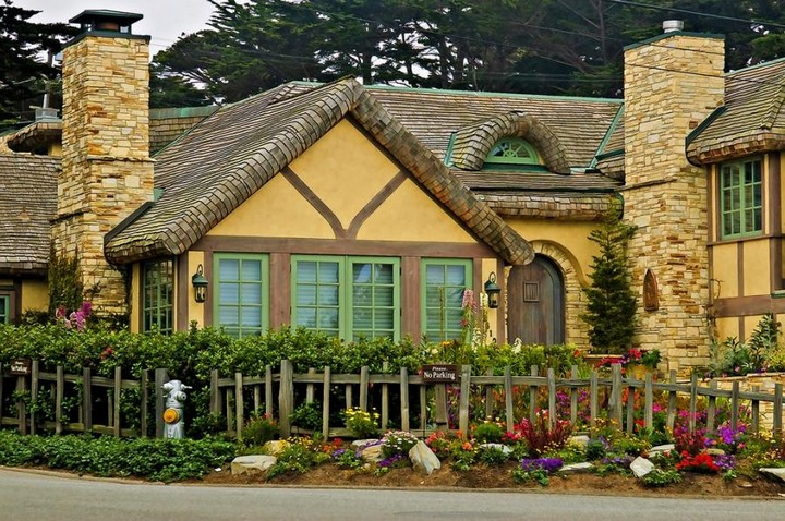 Carmel by the Sea, United States (9)