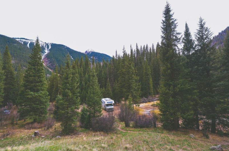 RV travel mountains